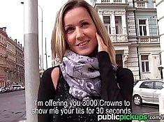 Shyla Ryder shirt public caming at a nightclub