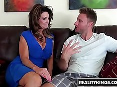 Blindfolded Milfs Embrace Natalia Cash With an A Gag And Katrina Taylor Beginweight Style