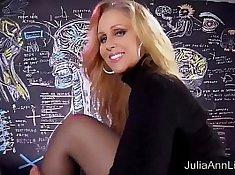 Hot MILF Julia Ann Solo